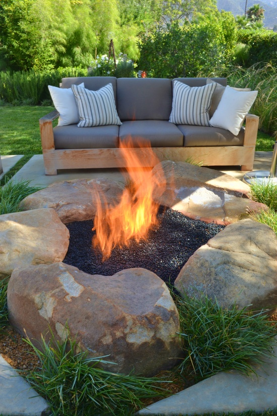 40+ DIY Fire Pit for your Backyard27