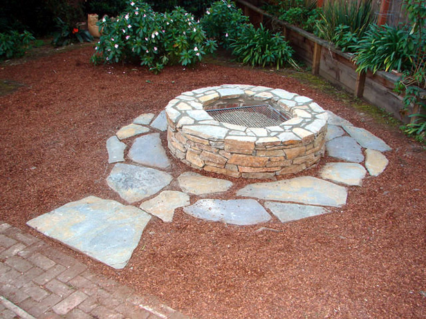 40+ DIY Fire Pit for your Backyard6