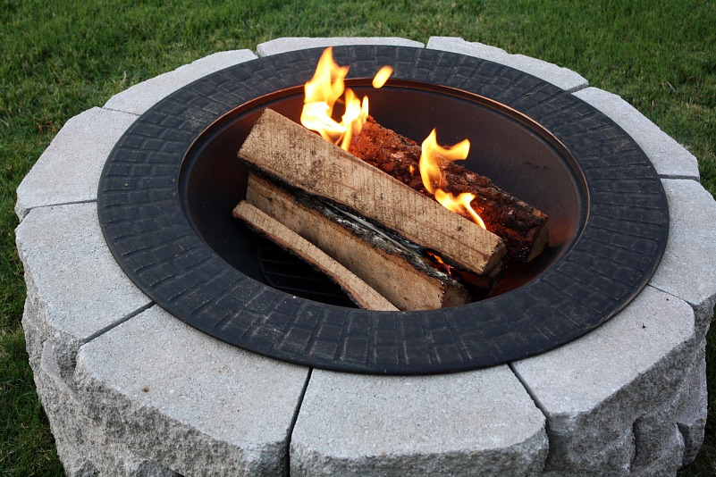 40+ DIY Fire Pit for your Backyard9