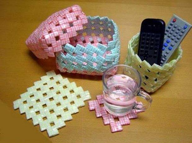 DIY Drinking Straw Basket Organizer Tutorial 19