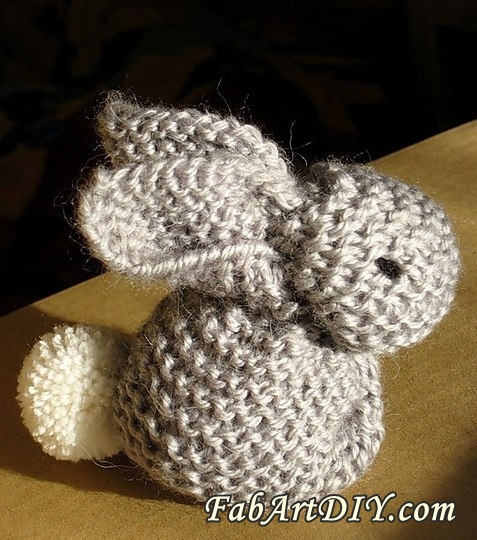 Easy  Knitted Bunny Free Pattern