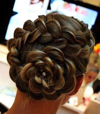 DIY Braided Rose Flower Hairstyle