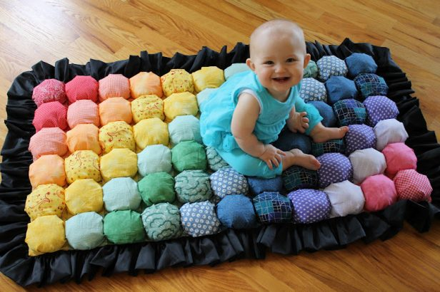DIY Bubble Quilt Tutorial - Baby Rainbow Bubble Quilt Puff Quilt