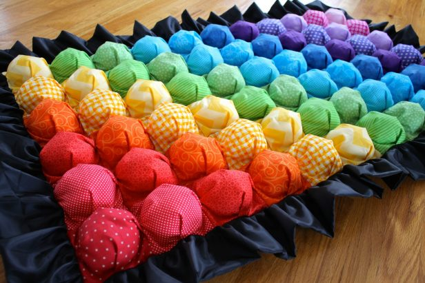 DIY Rainbow Bubble Quilt Tutorial
