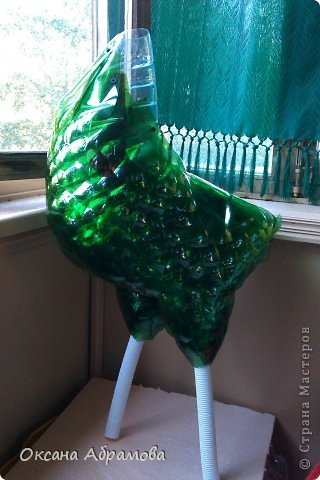 DIY-Beautiful-Cock-from-Recycled-Plastic-Bottles06.jpg