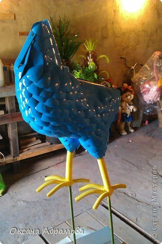 DIY-Beautiful-Cock-from-Recycled-Plastic-Bottles09.jpg