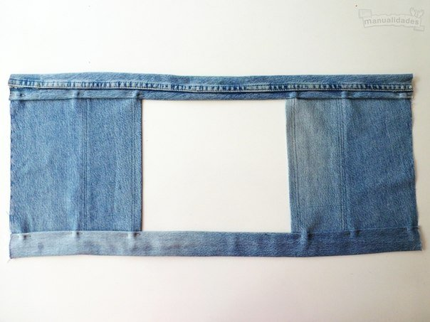 DIY-Sexy-Crop-Top-from-Old-Jean04.jpg