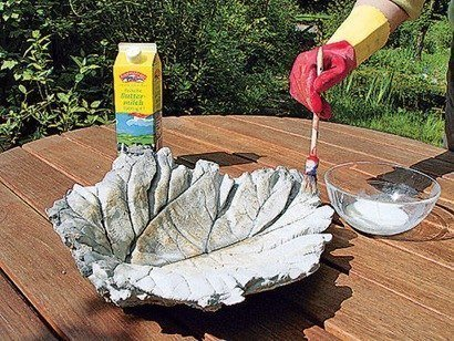 DIY-Sand-Cast-Birdbath-in-Leaf-Shape07.jpg