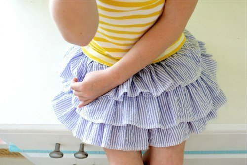 DIY-ruffled-skirt-for-girls01.jpg