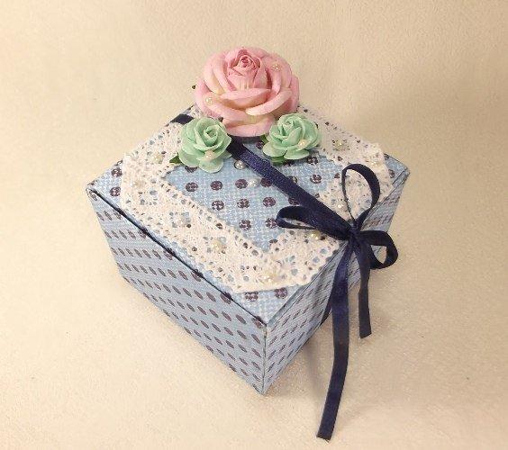 Gift-box01.jpg