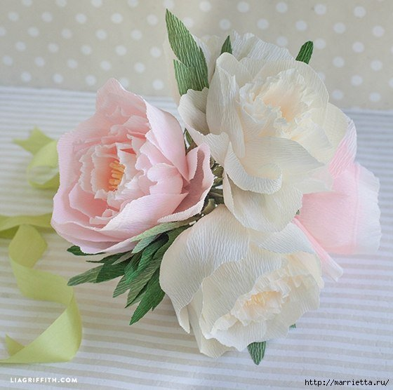 beautiful-crepe-paper-peony-flower-bouquet02.jpg