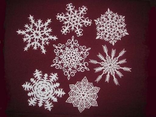 beautiful-kirigami-snowflakes01.jpg