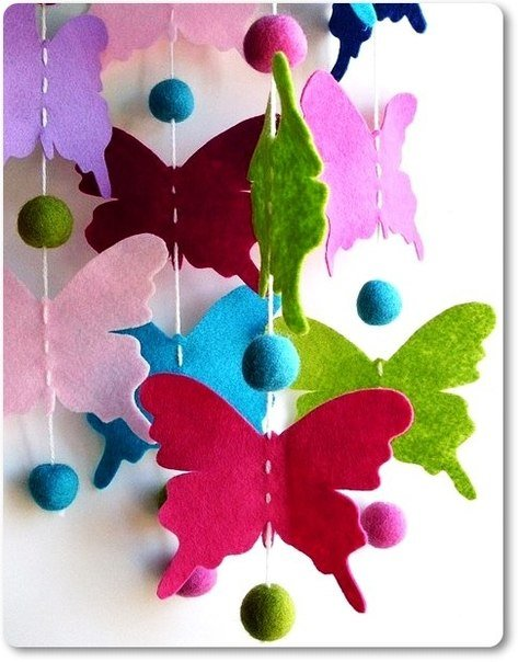 colorful-felt-butterfly-mobile03.jpg