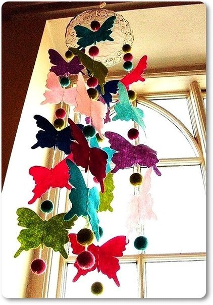 colorful-felt-butterfly-mobile04.jpg