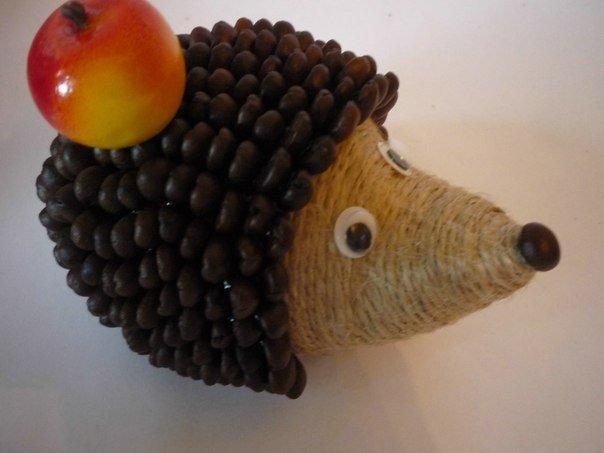 diy-cute-coffeebean-hedgehog08.jpg