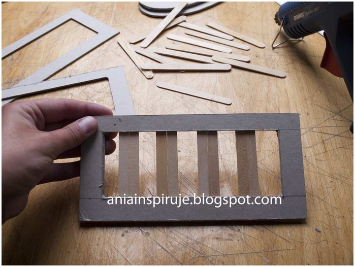 doll-crib-from-cardbard-and-popsicle-stick12.jpg