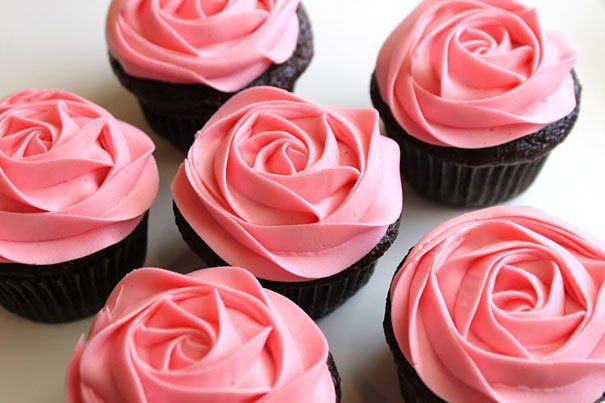 25+ DIY Creative Cupcake Decorating Ideas and tutorials