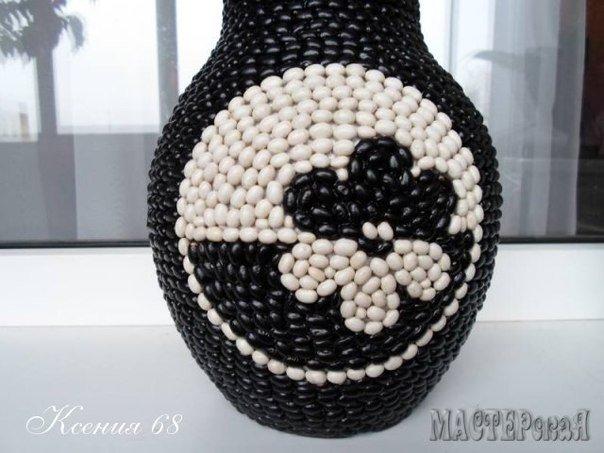 Floral-bean-decorated-Vase05.jpg