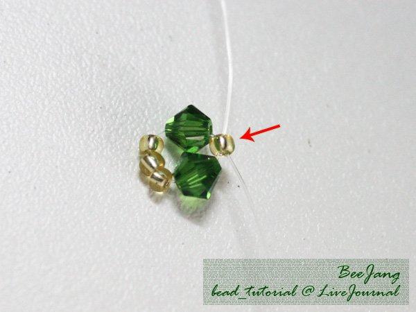Four-Leaf-Clover-Beaded-Bracelet02.jpg