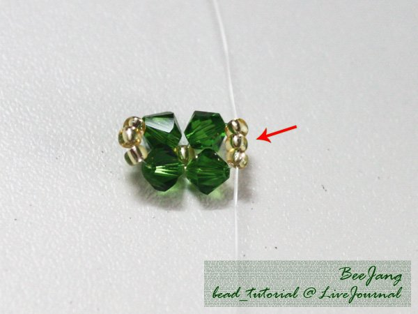 Four-Leaf-Clover-Beaded-Bracelet03.jpg