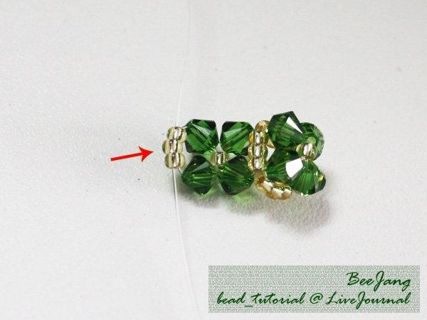 Four-Leaf-Clover-Beaded-Bracelet06.jpg