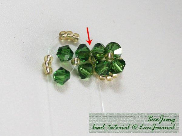 Four-Leaf-Clover-Beaded-Bracelet07.jpg