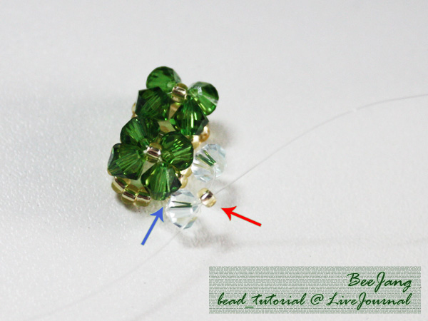 Four-Leaf-Clover-Beaded-Bracelet08.jpg