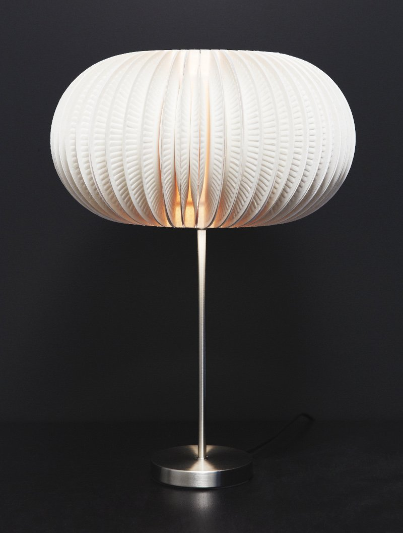 beautiful-lamp-from-paper-plates05.jpg