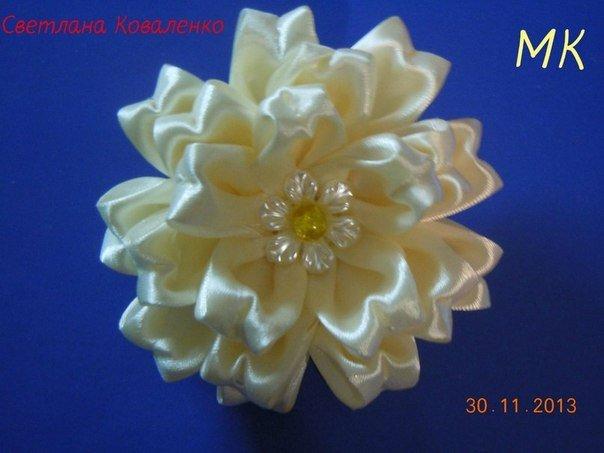 beautiful-satin-ribbon-flower01.jpg