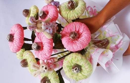 chocolate-wrapping-paper-flower-bouquet02.jpg