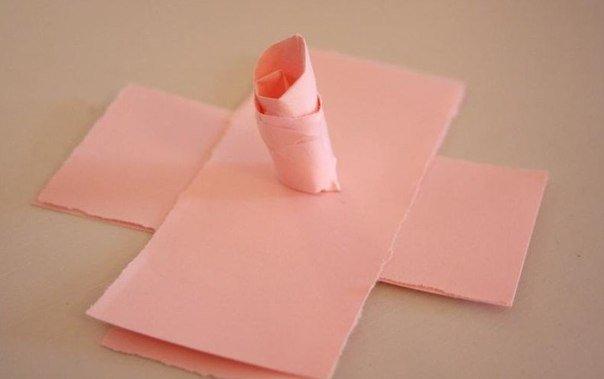 creative-way-to-make-paper-rose05.jpg