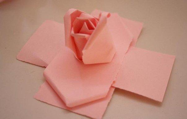 creative-way-to-make-paper-rose08.jpg
