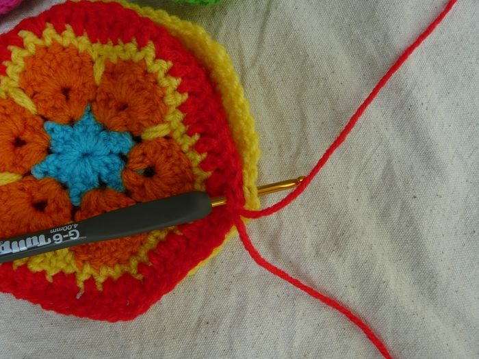 Easy African Flower Crochet Pattern : How to Make Crochet African Flower Soccer Ball www ...