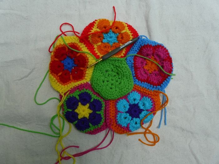 Free Knitted Crochet African Flower Pattern Dragon : How to Make Crochet African Flower Soccer Ball www ...