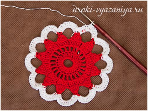 crochet- floral-lacey-jewelry-box05.jpg