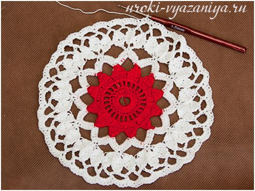 crochet-floral-lacey-jewelry-box10.jpg