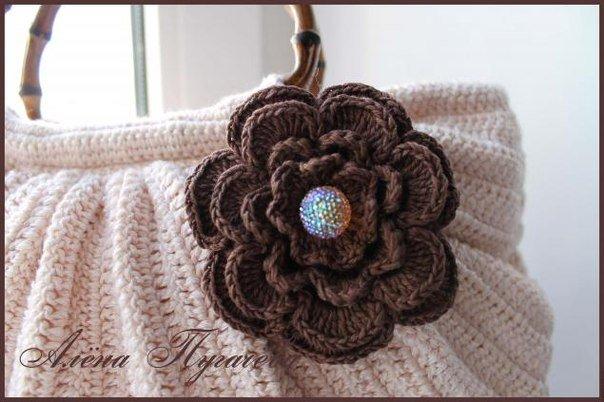 crochet-handbag02.jpg