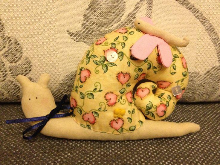 How to Make Cute Fabric Snail Pillow www.FabArtDIY.com