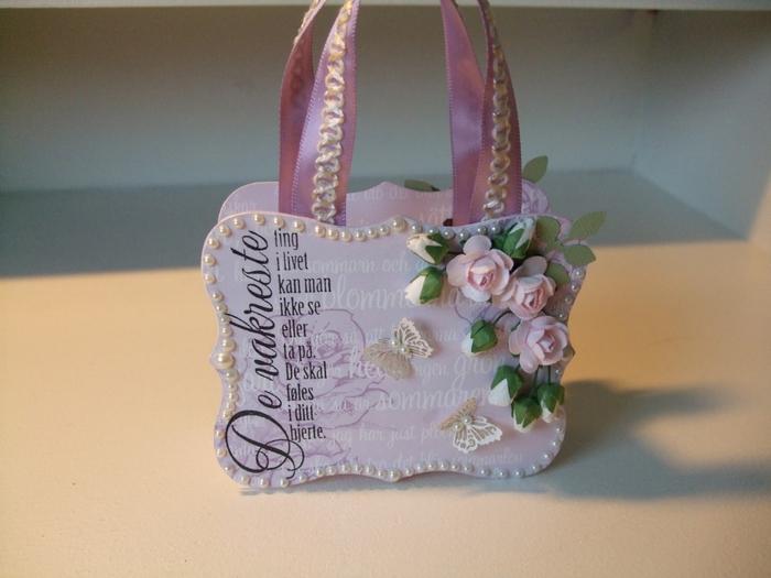 paper-gift-handbag01.jpg