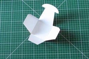 paper-watering-can-basket03.jpg
