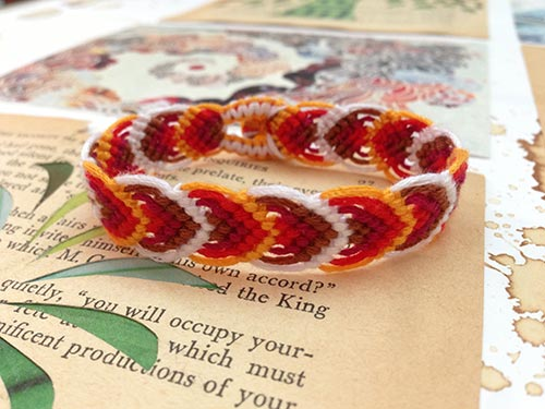 DIY Macrame Leaf Friendship Bracelets (Video)