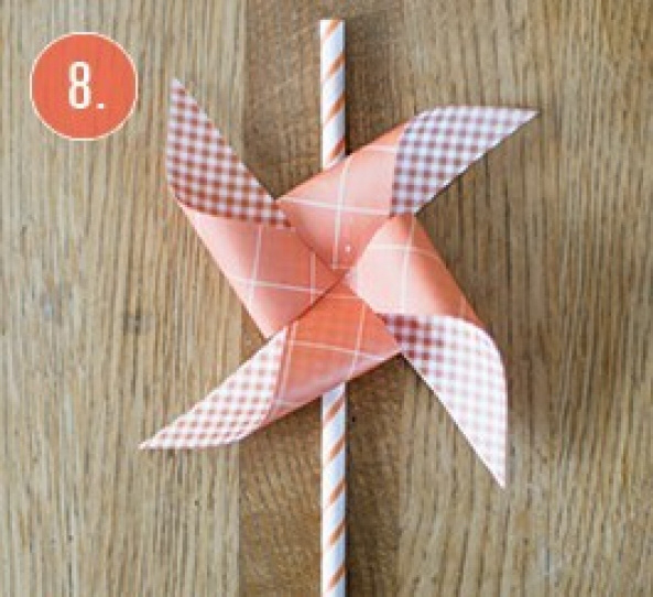 DIY-Windmill-straws10.jpg