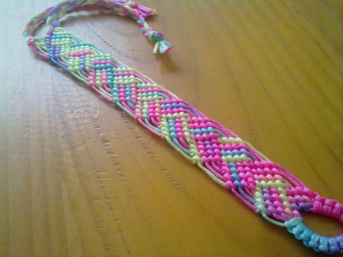 Image With Tutorial: Friendshipbracelets