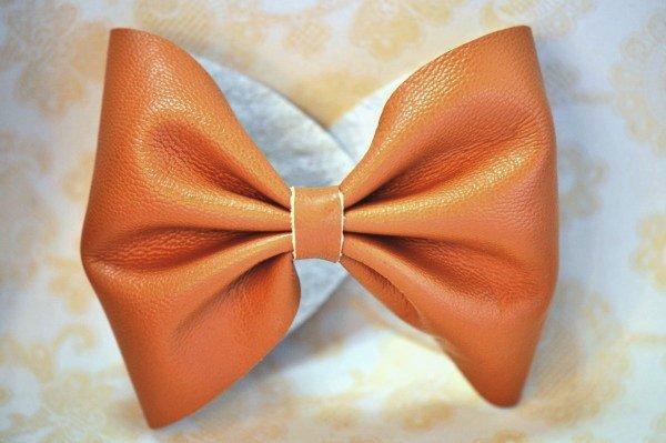 DIY-leather-bow-bracelet07.jpg