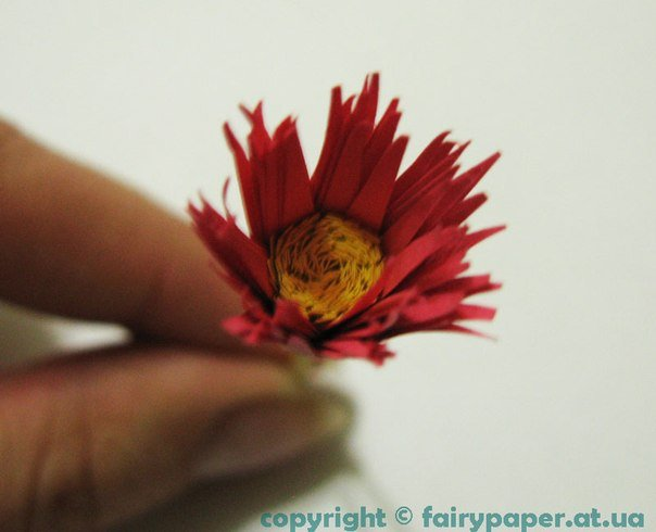 creative-way-to-make-quilling-flower07.jpg