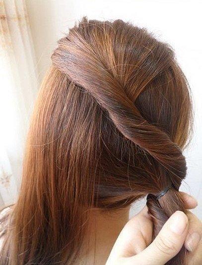 easy-twist-side-ponytail-hairstyle04.jpg