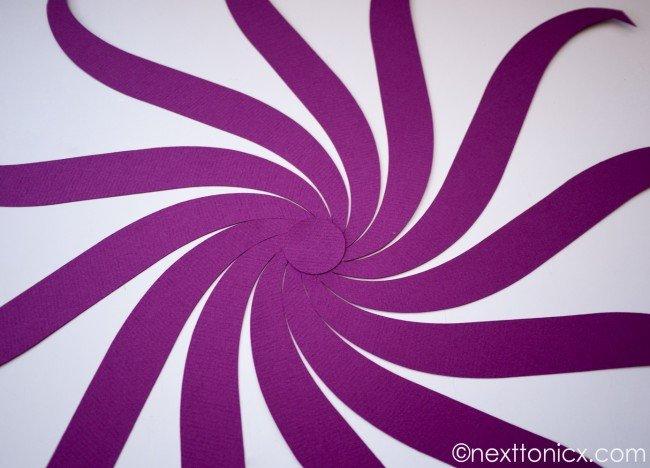 pretty-woven-paper-bauble01.jpg