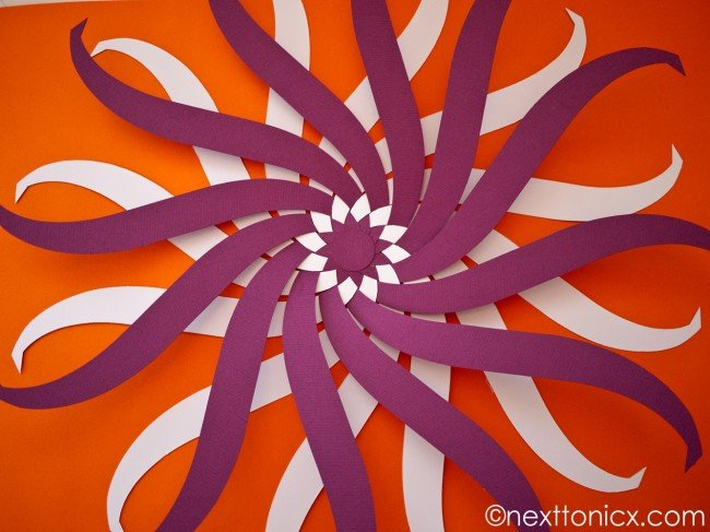 pretty-woven-paper-bauble02.jpg