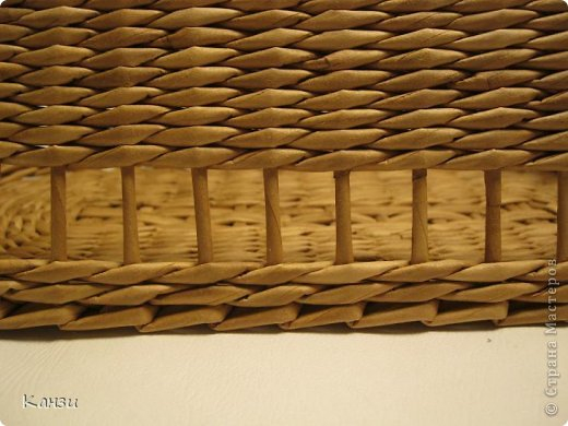 DIY-Beautiful-Ribbon-Paper-Basket-from-paper-Tube11.jpg