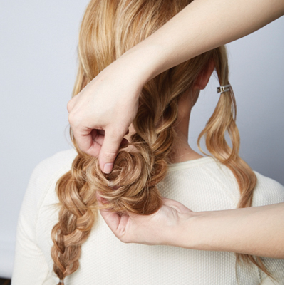 DIY-Chic-Braided-Chignon-hairstyle06.jpg